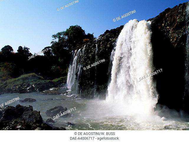 Blue Nile Falls (Tis Issat, smoking water) near Bahar Dar, Ethiopia