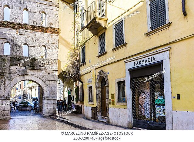 Porta Borsari is an ancient Roman gate in Verona, northern Italy. Verona, Veneto, Italy, Europe