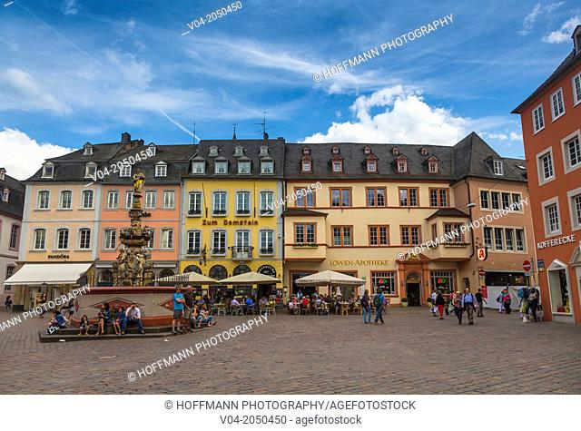 Houses on market square in Trier (Treves), Rhineland-Palatinate, Germany, Europe