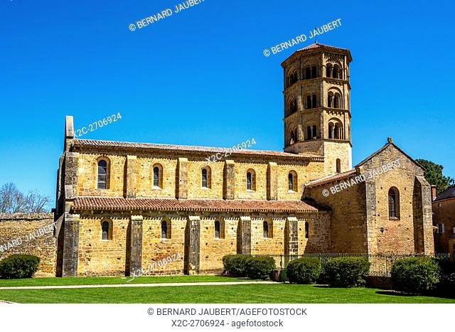 Romanesque church of Anzy le Duc. Brionnais region. Saône et Loire. France