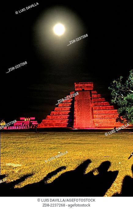 mayan ruins Chichén Itzá
