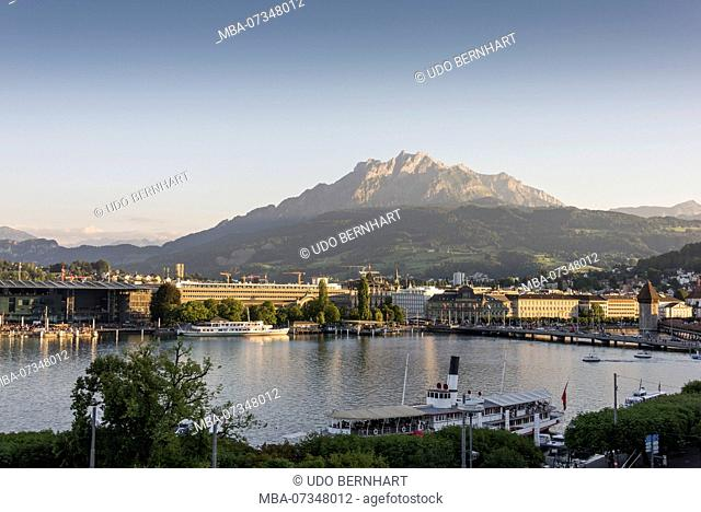 View on old town and lake, Lucerne, Lake Lucerne, canton of Lucerne, Switzerland