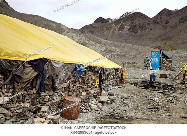 Baratphur Tent Colony, Manali - Leh Highway, Ladak, India