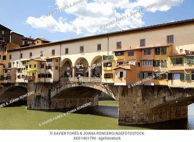 Ponte Vecchio over the River Arno, Florence, Italy