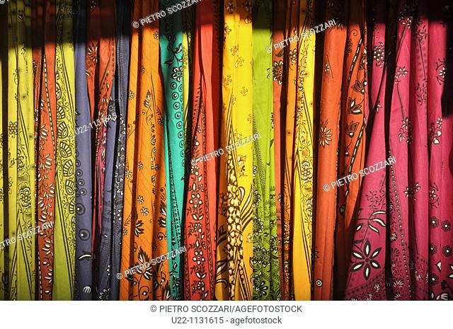 Malacca (Malaysia): saris sold in a shop in Little India