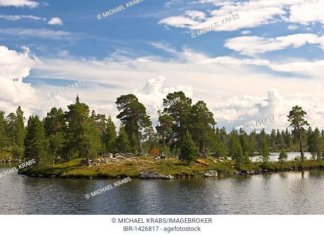 Outdoor camping in Rogen Nature Reserve, Haerjedalen, Sweden, Scandinavia, Europe