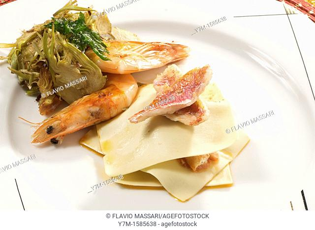 shrimps and mullet with artichoke