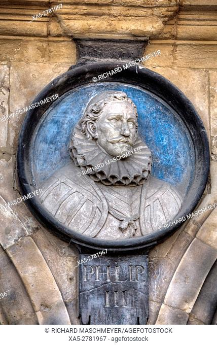 Medallion of King Philip III, Plaza Mayor, Salamanca, UNESCO World Heritage Site, Spain