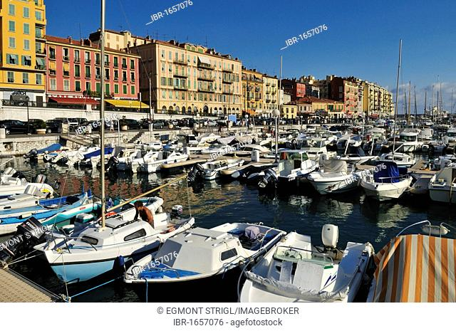 Boats in the harbour of Nice, Department Alpes-Maritimes, Region Provence-Alpes-Côte d'Azur, France, Europe