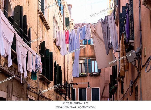 Venice, clotheslines with laundry