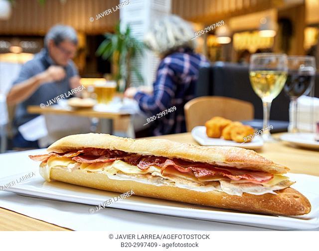 Ham and cheese snack, Restaurante Bar Virginia Mendibil Menus & Fast Good, Mall, Centro Comercial Mendibil, Irun, Gipuzkoa, Basque Country, Spain