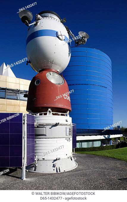 France, Midi-Pyrenees Region, Haute-Garonne Department, Toulouse, Cite de l'Espace space park, Russian Soyuz space station