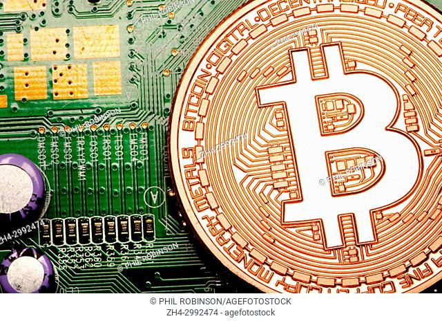 Bitcoin cryptocurrency / payment system (Copper Bitcoin Commemorative Round . 999 bullion) Electronic currency