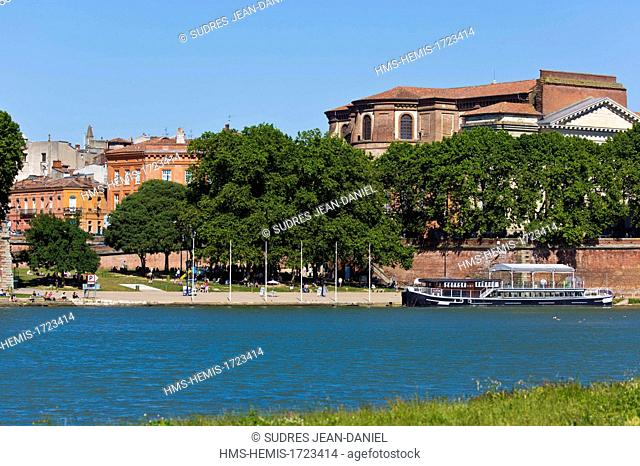 France, Haute Garonne, Toulouse, the banks of the Garonne, and the Basilica of Our Lady of the Sea Bream