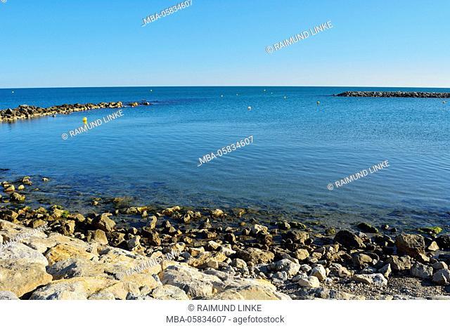 Stone Wall as Shore Protection, Saintes-Maries-de-la-Mer, Carmague, Mediterranean Sea, Provence Alpes Cote d Azur, Bouches du Rhone, France