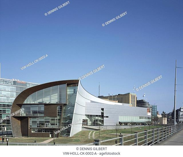 MUSEUM OF CONTEMPORARY ART KIASMA, HELSINKI, FINLAND, STEVEN HOLL, EXTERIOR, GENERAL VIEW FROM WEST