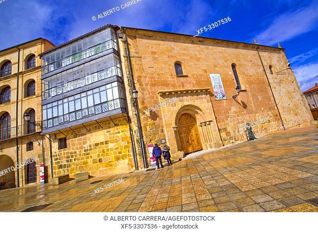 Nuestra Señora de la Mayor Church, 12-16th Romanesque-Gothic-Renaissance Style, Soria, Castilla y León, Spain, Europe