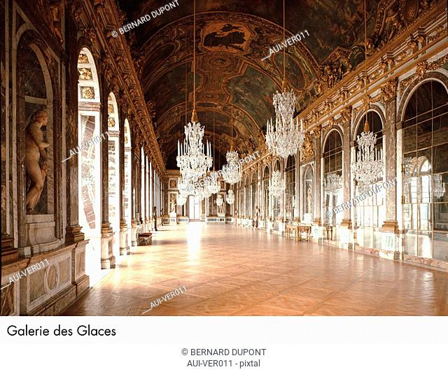 Palace of Versailles - Galerie des Glaces