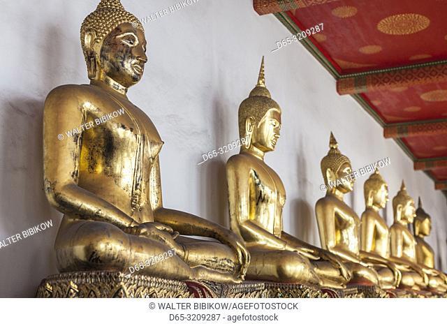Thailand, Bangkok, Ko Ratanakosin Area, Wat Pho, Gallery of 394 Buddhas