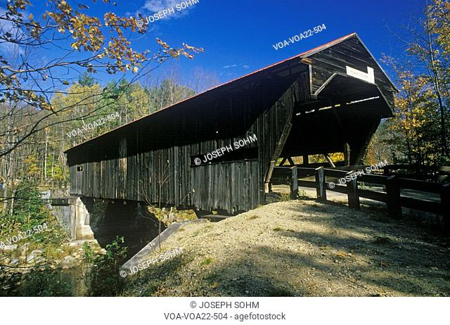 The entrance to the Durgin Covered Bridge in its autumn New Hampshire surroundings