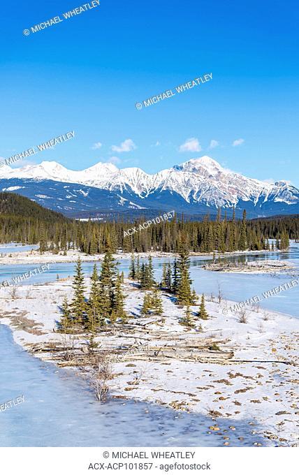 Athabasca River, winter, Jasper National Park, Alberta, Canada