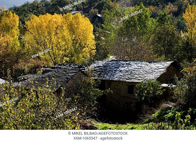 Orellan village  Las Medulas Cultural Park  Las Medulas  El Bierzo region  Leon, Castile and Leon  Spain, Europe