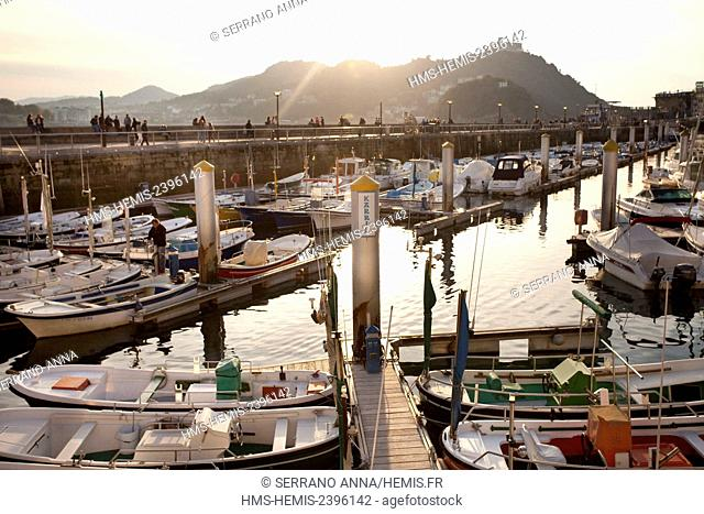 Spain, Basque Country, Guipuzcoa province (Guipuzkoa), San Sebastian (Donostia), European capital of culture 2016, Old Harbour