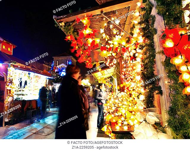 Christmas market at the city center. Colmar. Wine route. Haut-Rhin. Alsace. France