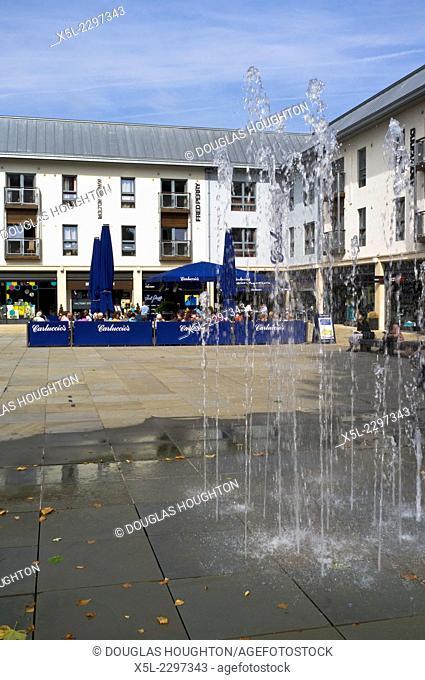 Quakers Frairs CITY BRISTOL Street fountain Alfresco cafe