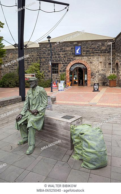 New Zealand, South Island, Canterbury, Timaru, Heritage Place, statue of Captain Henry Cain
