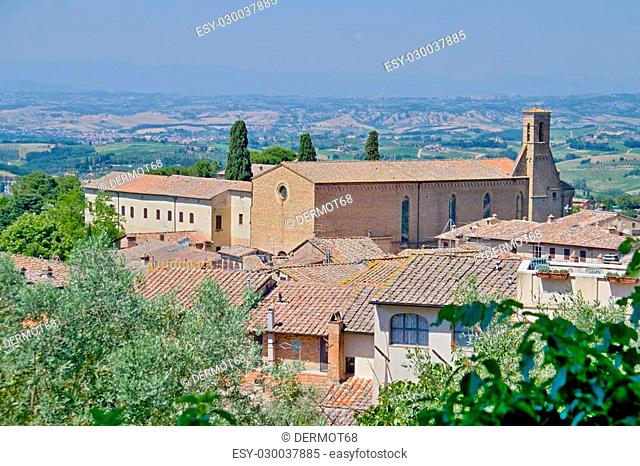 Photo shows a general view of the Tuscany city of San Gimignano