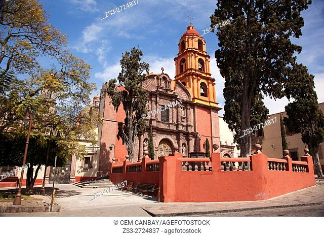 View to the El Oratorio de San Felipe Neri church in the historic center, San Miguel de Allende, Guanajuato State, Mexico, Central America