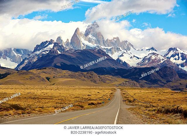 Los Glaciares National Park. Monte Fitz Roy. El Chalten. Santa Cruz province. Patagonia. Argentina