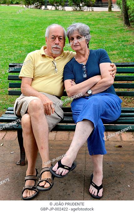 People, Senior Couple, Sitting, José Affonso Junqueira Square, 2018, City, Poços de Caldas, Minas Gerais, Brazil