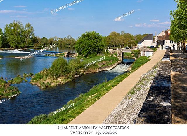 The Cher River at Savonnieres Village. Tours District, Indre et Loire, Loire Valley, France, Europe