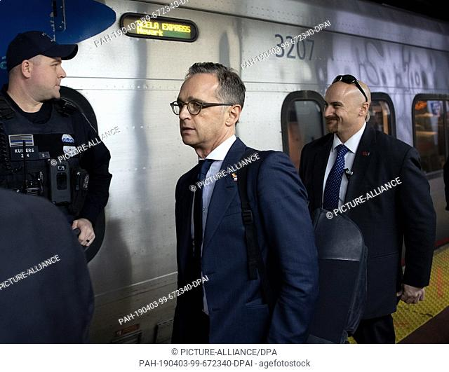 03 April 2019, US, New York: Heiko Maas (SPD,M), Federal Foreign Minister, will board a train of the company Amtrak at the Penn station to continue his journey...