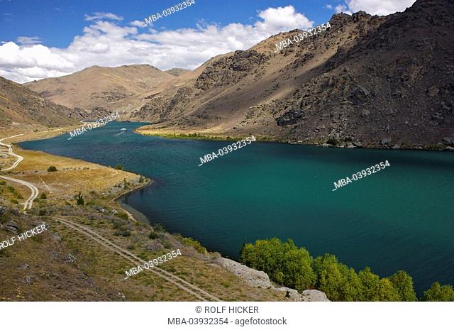 New Zealand, South-island, Central Otago, Cromwell Gorge, lake Dunstan, destination, sight, landscape, mountains, mountain scenery, valley, lake, water