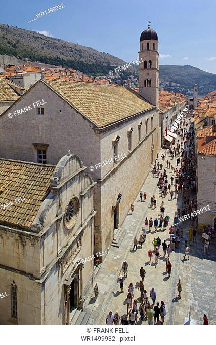 View of Stradun from Walls, Old Town, UNESCO World Heritage Site, Dubrovnik, Dalmatian Coast, Croatia, Europe