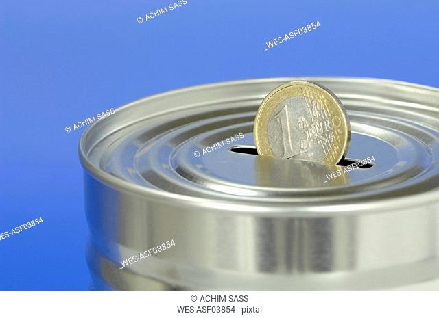 Money box with Euro coin