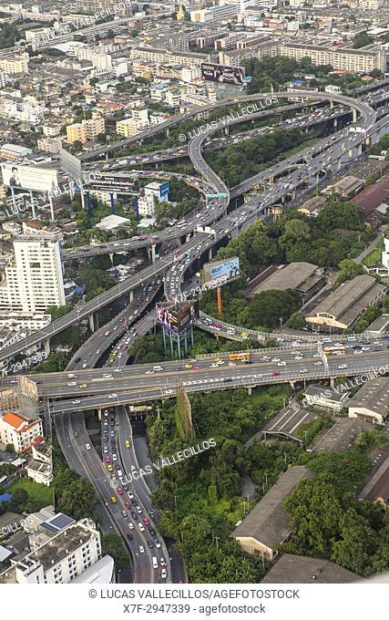 Junction, Sirat Expy expressway at Chalerm Maha Nakhon Expy expressway, Bangkok, Thailand