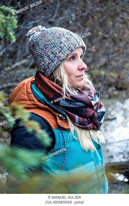 Woman hiking, Emerald Lake, Yoho National Park, Field, British Columbia, Canada