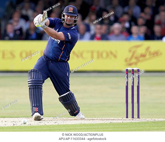 2015 Natwest T20 Blast Essex Eaglesv Glamorgan Jun 19th. 19.06.2015. Chelmsford, England. Jesse Ryder strokes the ball for a four whilst batting for Essex