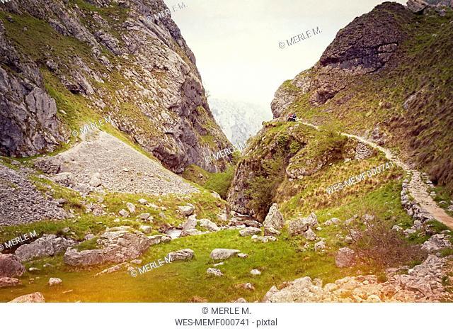 Spain, Asturias, Pico de Europe, hiking trail to gorge of Garganta del Cares