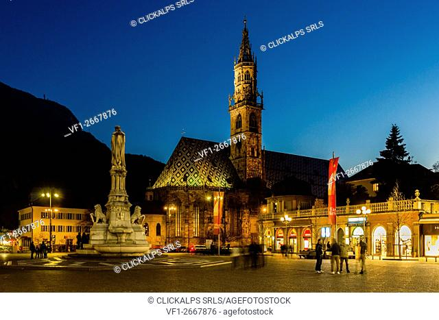 Cathedral, Bolzano, Province of Trentino Alto Adige, Italy. Evening light in Piazza Walther