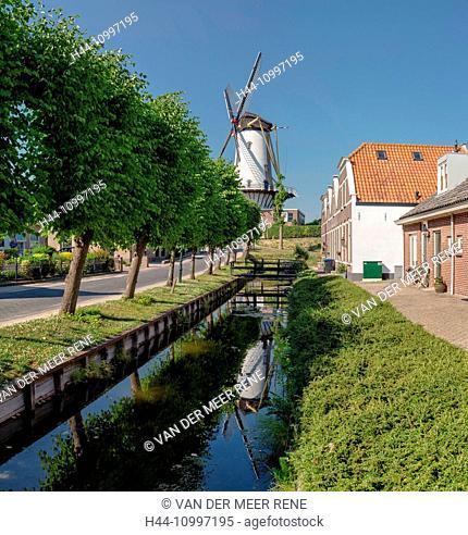 Willemstad, Noord-Brabant, Tower mill called d'Orangemolen