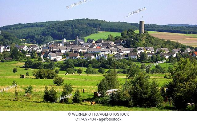 Germany, Hartenfels, Verbandsgemeinde Selters, Holzbach, Westerwald, Rhineland-Palatinate, panoramic view to the town, village idyll, landscape panorama