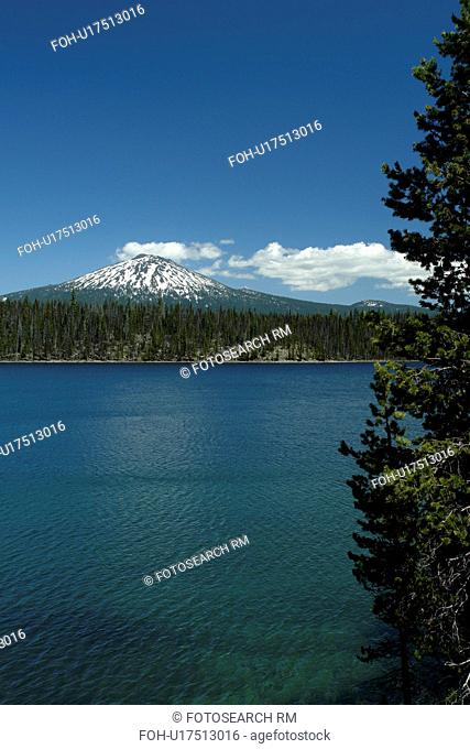 Deschutes National Forest, OR, Oregon, Mount Bachelor, Cascade Lakes National Scenic Byway, Cascade Range, Lava Lakes