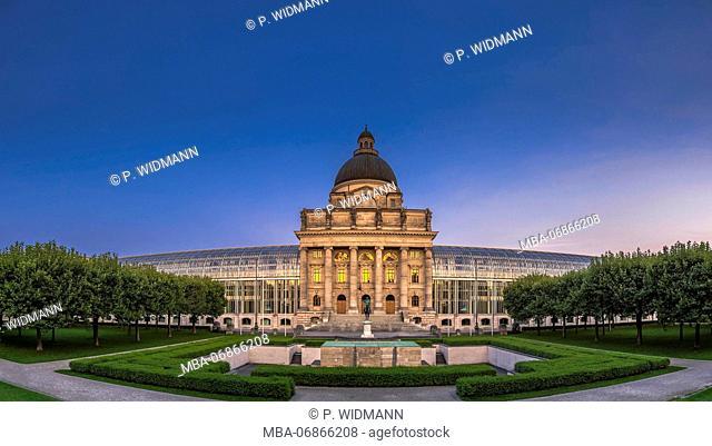 Bayerische Staatskanzlei (Bavarian State Chancellery) in the evening, Hofgarten (Court Garden), Munich, Bavaria, Germany, Europe