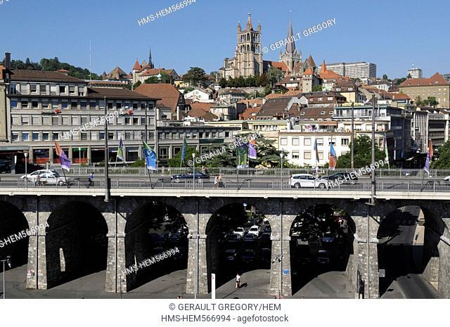 Switzerland, Canton of Vaud, Lausanne, Great Bridge and Notre Dame