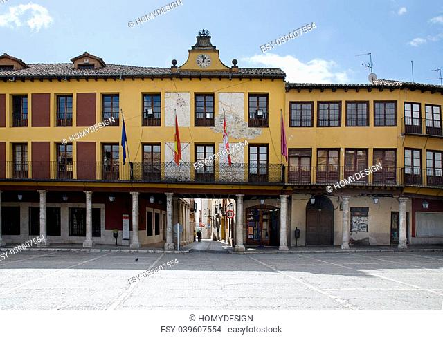 Tordesillas (Spain), Arcades of the Plaza Mayor